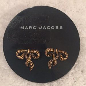 Marc Jacobs Embossed Bow Studs Antique Gold